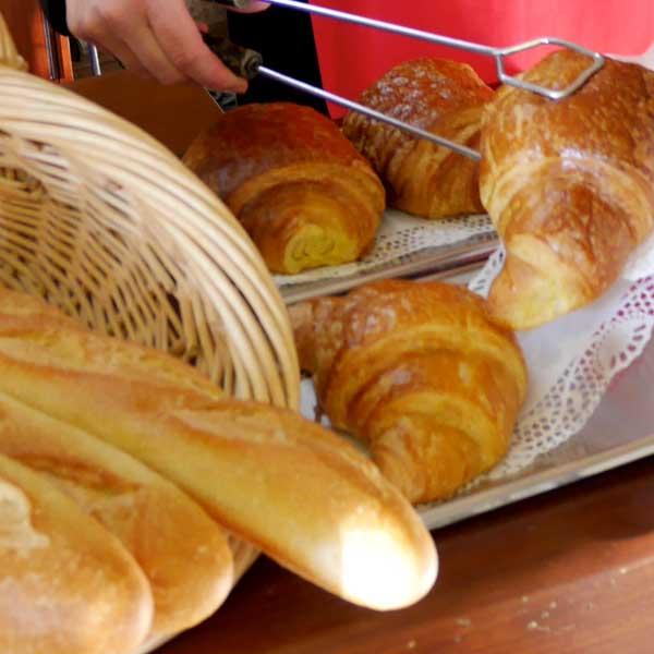 Epicerie et dépôt de pain